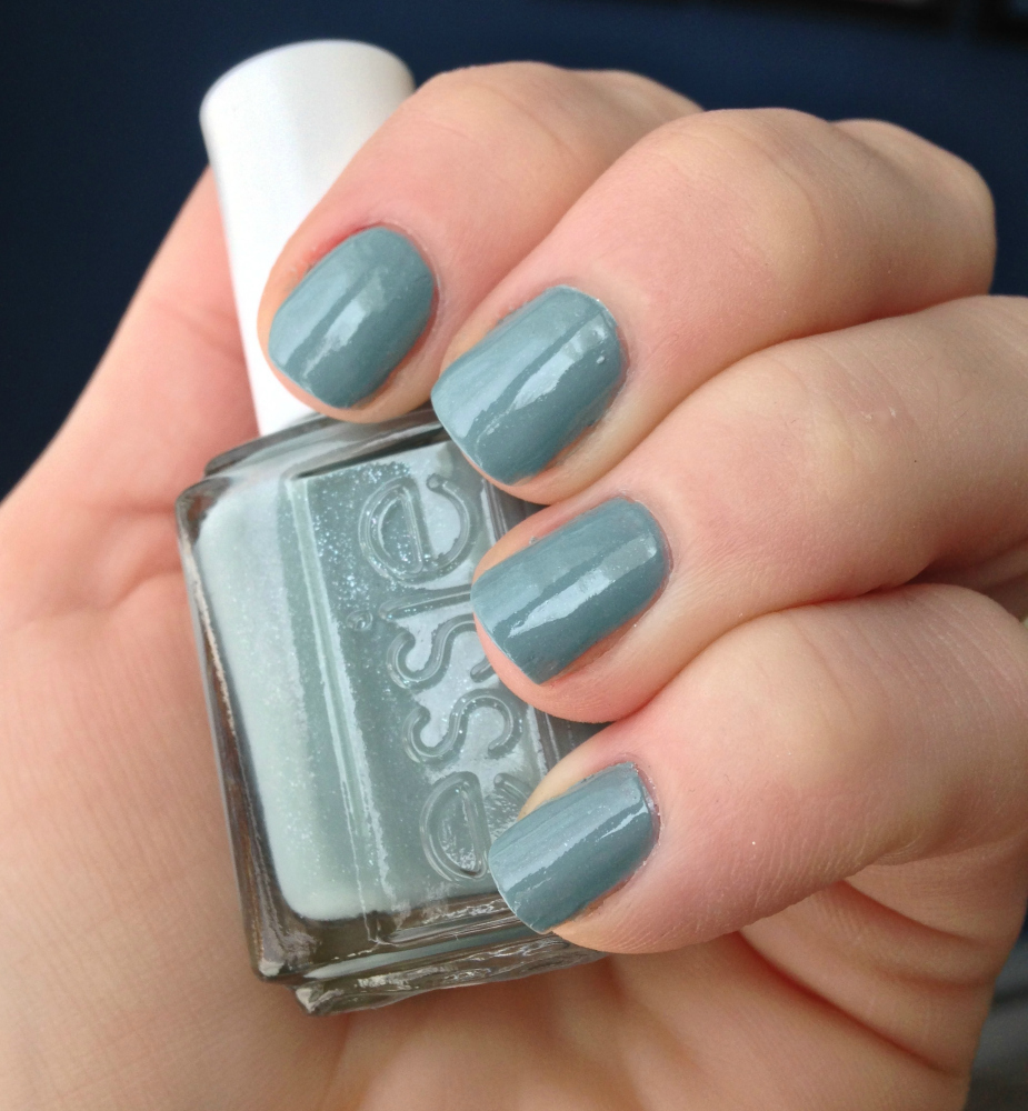 Blue Grey Nail Polish Essie: Essie Nail Polish Review/Swatches (& A Giveaway)